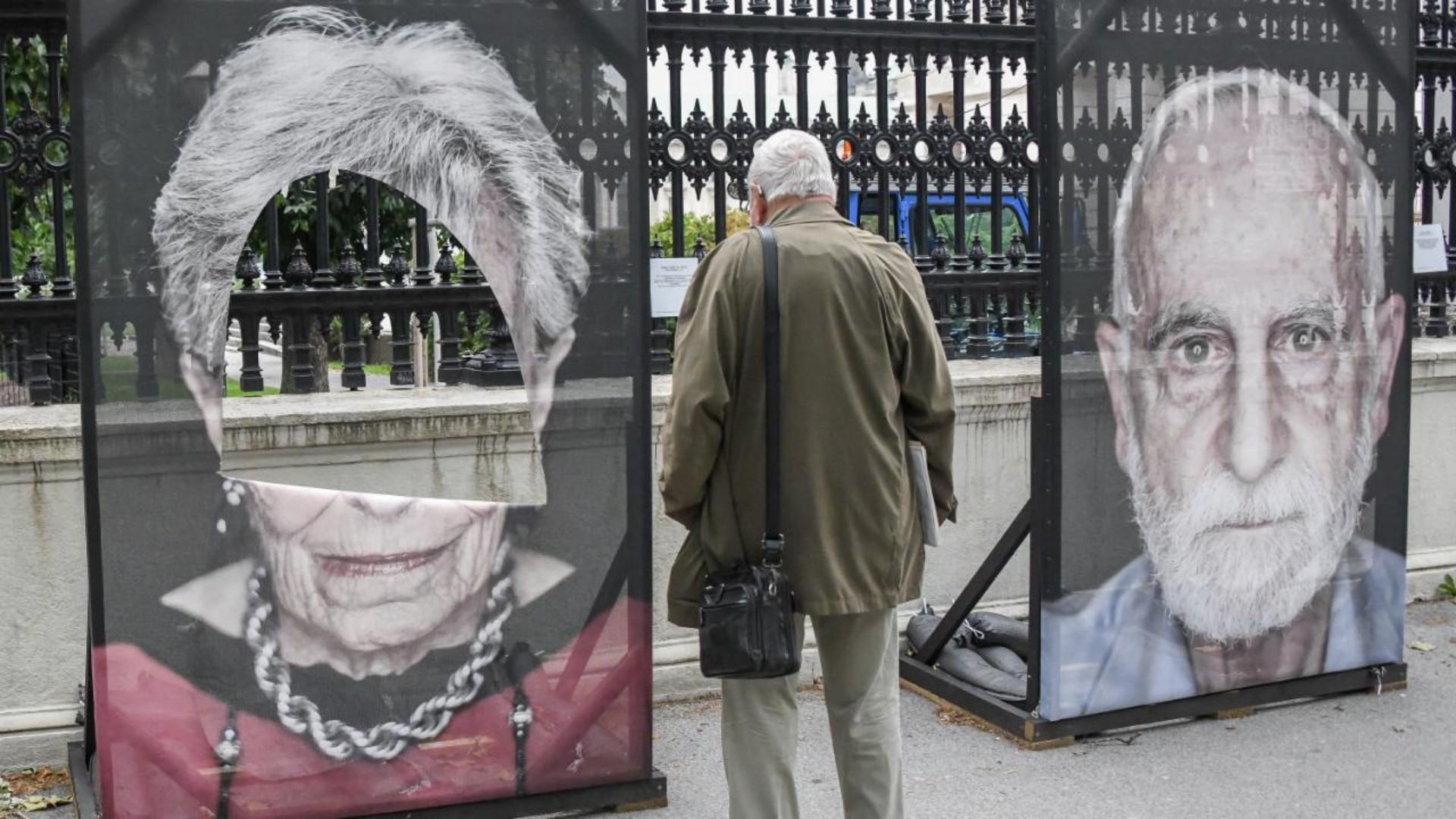 100 Portraits von Holocaust Überlebenden an der Wiener Ringstraße